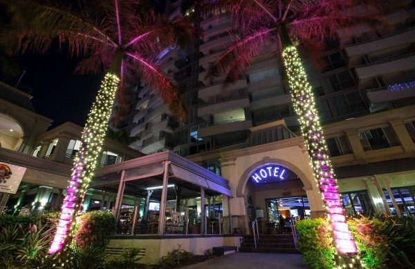 First-photo-Wash-Light-&-Fairy-LIght-Palm---The-Grand-Hotel-(7)
