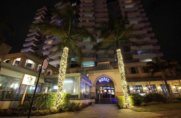 High-End-Fairy-Light-Palms---The-Grand-Hotel,-Labrador-(QLD)-(4)