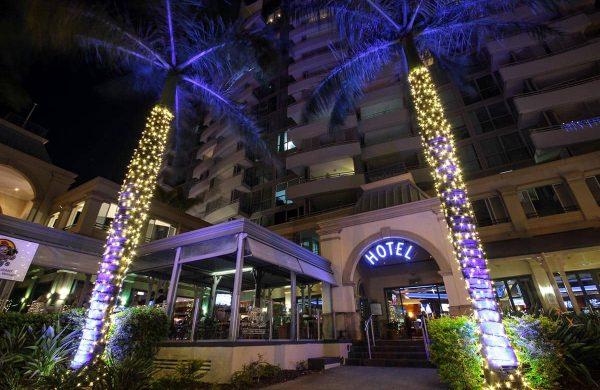 Wash-Light-&-Fairy-LIght-Palm---The-Grand-Hotel-(10)