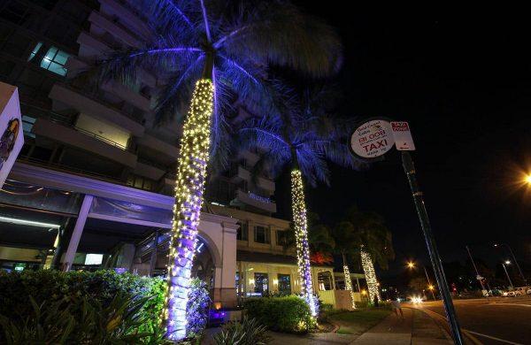 Wash-Light-&-Fairy-LIght-Palm---The-Grand-Hotel-(15)