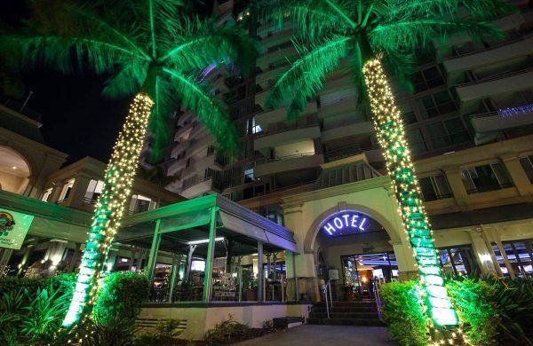 Wash-Light-&-Fairy-LIght-Palm---The-Grand-Hotel-(8)