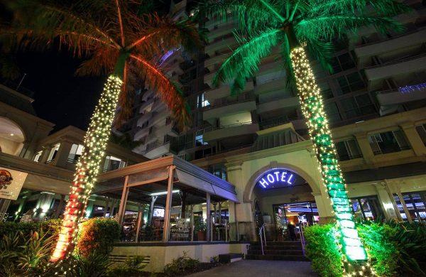 Wash-Light-&-Fairy-LIght-Palm---The-Grand-Hotel-(9)